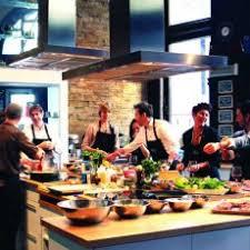 cours de cuisine par cours de cuisine et cocktails à montréal par l ateliers et saveurs