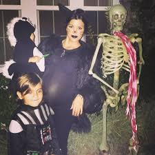 psycho family halloween all of kim kardashian and kendall and kylie jenner u0027s throwback