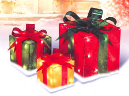 Present Decoration Set Of 3 Outdoor Lighted Presents