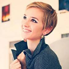 shag hairstyle for round face and fine hair 21 lovely pixie haircuts perfect for round faces short hair