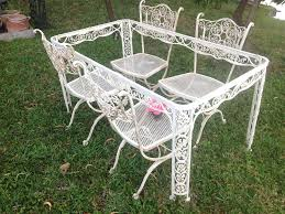Retro Patio Furniture For Sale by Woodard Pomegranite Octagon Table And Chairsmy New Set Vintage