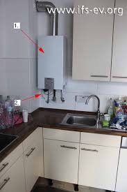 durchlauferhitzer küche monteur ändert geräteinterne verbindung institut für