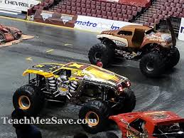 monster truck jam chicago monster jam crushed it once again funtastic life