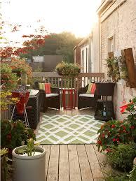 Small Backyard Ideas On A Budget by Decor U0026 Tips Cozy Seating With Deck Decorating Ideas U2014 Fotocielo