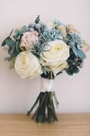 flowers for weddings 6 winter wedding bouquets lover ly birchbox