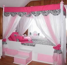 How To Decorate A Canopy Bed 19 Beautiful Canopy Beds That Will Create A Majestic Ambiance To