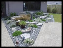 Rock Garden Designs For Front Yards Soulful Decoration Backyard In Small Along With Rock Garden Ideas