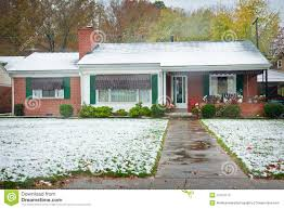brick ranch style home stock photography image 27413712