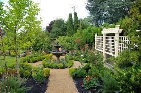 Small Vegetable Garden Design Ideas Outdoor Garden Attractive Backyard Design For Small Vegetable