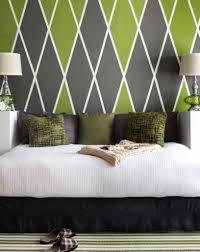 Beige Wand Wohnzimmer Hausdekorationen Und Modernen Möbeln Geräumiges Kleines Bild