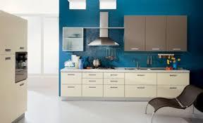 küche türkis küche wandfarbe 40 ideen für farbgestaltung der küche freshouse