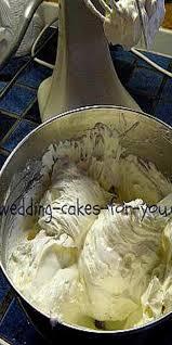 wedding cake ingredients list best 25 wedding cake icing ideas on cupcake