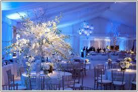 incredible winter themed wedding decorations 1000 ideas about