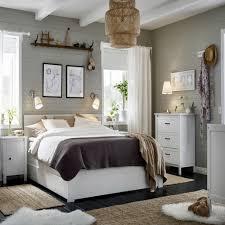 ikea chambres adultes la confortable chambre adulte ikea morganandassociatesrealty