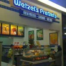 wetzel u0027s pretzels 10 reviews pretzels 1150 el camino real