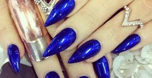 oval shape nails the nails points