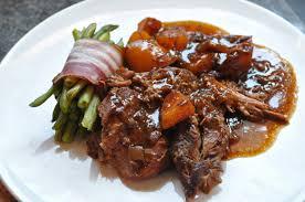 cuisiner l agneau gigot confit gigot à la cuillère gigot de 14 heures