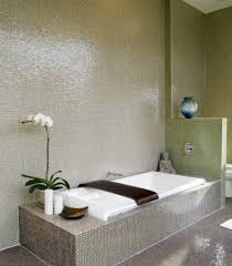 simple bathroom with relax atmosphere white tub and small tiles