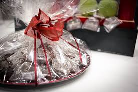 where to buy plastic wrap for gift baskets international gift baskets