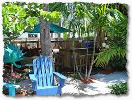 Creating Your Own Tropical Backyard Vacation Tropical Backyard - Tiki backyard designs