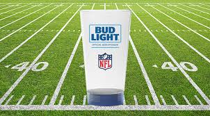 bud light touchdown glass app bud light s new beer glasses are a built in drinking game