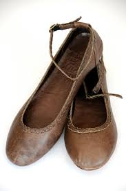 best 25 brown leather shoes ideas on oxfords brown