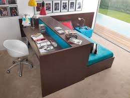 Desk With Bed Oh My Gosh I Love This Or Some Variation Bed In Middle Of Room