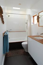 Modern Small Bathroom Designs Pictures by Home Design Modern Small Bathroom Design With Classic White