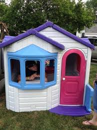 Step 2 Storybook Cottage Used by Sweetheart Step 2 Playhouse Playhouse With Rubber Mat Ideas For