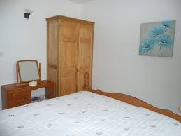 beautifully furnished and modern self contained one bedroom