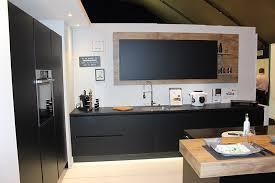 enseigne de cuisine but segmente offre cuisine cuisines et bains