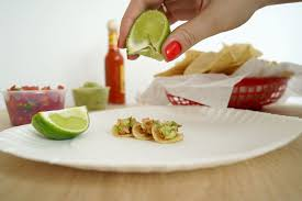 cuisine miniature daily mini exclusive zagat unveils miniature food at tiny cafe in nyc
