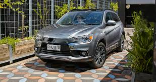 asx mitsubishi 2017 2017 mitsubishi asx pricing and specs styling and kit update