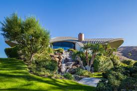 Homes For Sale Ball La by Bob Hope U0027s Lautner Designed Palm Springs Home Finally Finds A