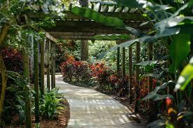 sunken gardens st petersburg