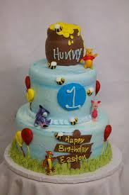 winnie the pooh cakes winnie the pooh cake cinotti s bakery