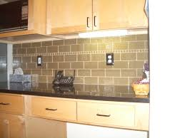 Glass Subway Tile Backsplash Decorating Home Interior - Kitchen backsplash subway tile