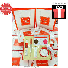 perfect christmas gift for her liphop makeup gift set free