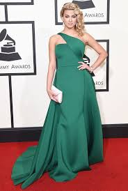 the rule breaking looks from the grammys wild red carpet