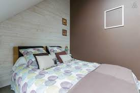 repeindre chambre comment repeindre une chambre peindre mansardee images solutions