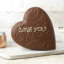 lace heart model personalised gifts thorntons