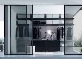 small walk in closet design layout