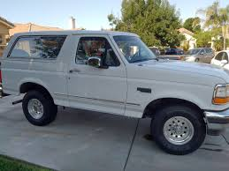 white bronco car the most notorious bronco is heading to pigeon forge the