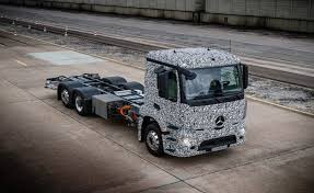 mercedes commercial trucks mercedes reveals electric heavy duty truck ahead of tesla