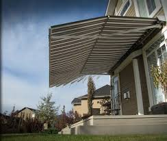 How Much Are Awnings How Much Do Retractable Awnings Cost Retractable Awning Deck
