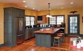 honey oak cabinets what color floor kitchen backsplash maple cabinets kitchen cabinets with oak floors