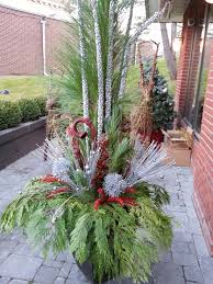Outdoor Christmas Decoration by Christmas Outdoor Decoration With Greenery Google Search