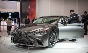 Future Lexus Ls 2018 Lexus Ls500 Pictures Photo Gallery Car And Driver