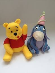 winnie the pooh cake topper pin by ms jones on cake decorating winnie the