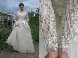 shop wedding dress letter attached to op shop wedding dress is heartbreaking 100